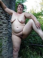 old women with fat ass nude picture